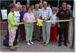 Miss Lizzies Too Holds Ribbon Cutting Ceremony On Homer Square